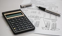 3803300-calculator-385506_1920.jpg