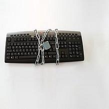 Psaní všemi 10 prsty na počítačové klávesnici